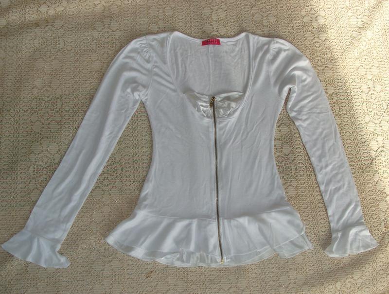Блуза размер с/м для старшеклассницы или худенькой мамочки фото №1