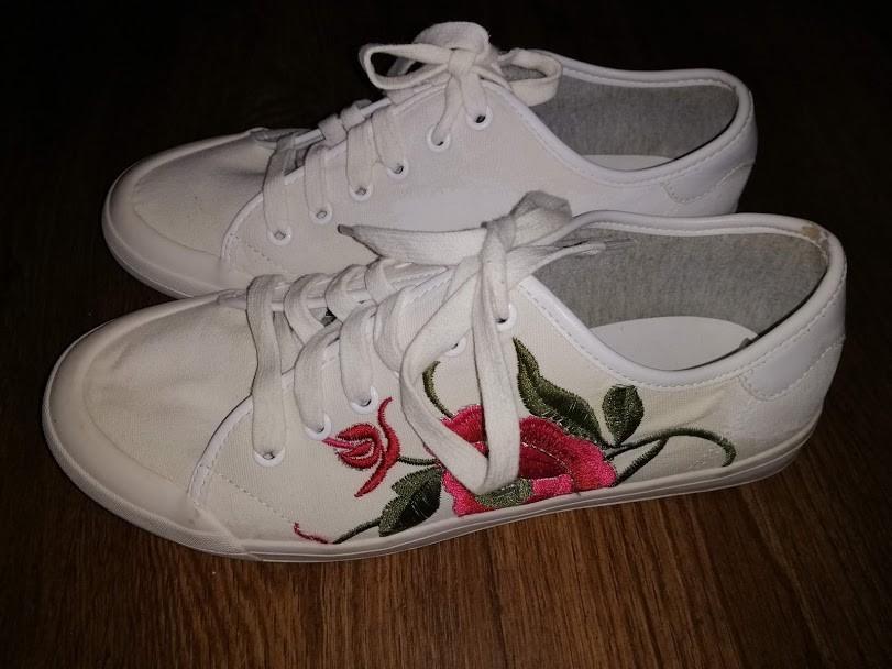 Женский белые кеды, мокасины на шнурках с вышивкой 41 р. atmosphere фото №1