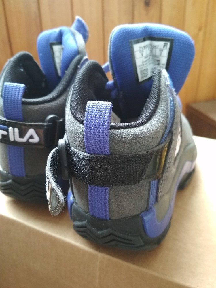 Детские новые демисезонные кроссовки fila usa, оригинал , размер us9 eur 26, 17см фото №7