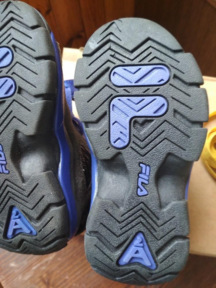 Детские новые демисезонные кроссовки fila usa, оригинал , размер us9 eur 26, 17см фото №8