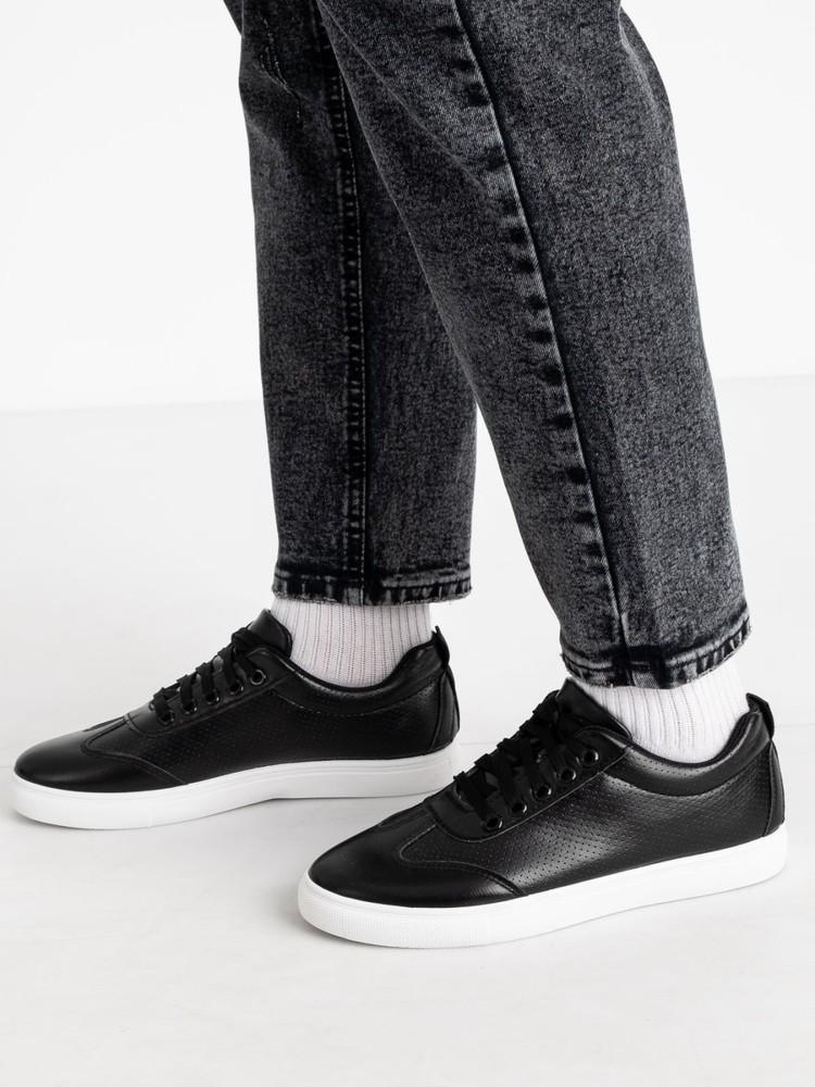 Отличные кроссовки на каждый день фото №2