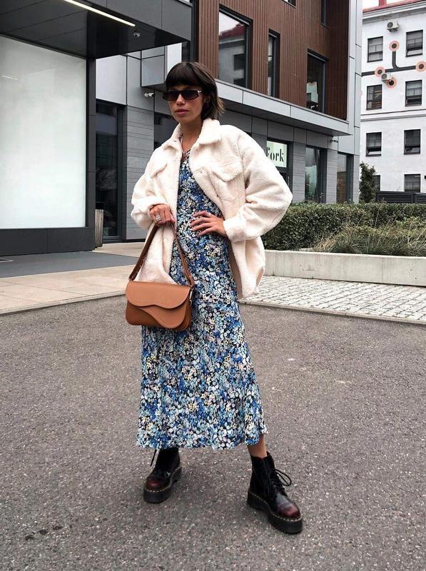 Reserved шикарное цветочное вискозное платье фото №4